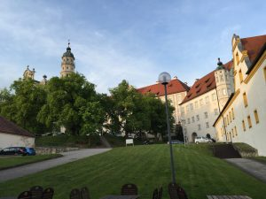 TriYoga® im Kloster Neresheim – in der Stille der Körpermitte