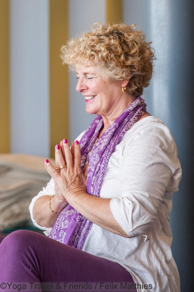 Anna Trökes Meditation im Haus der Ge(h)zeiten